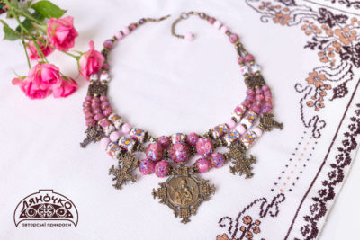 Намисто благовіщенське з антикварного венеційського скла рожевого кольору, ціна фото