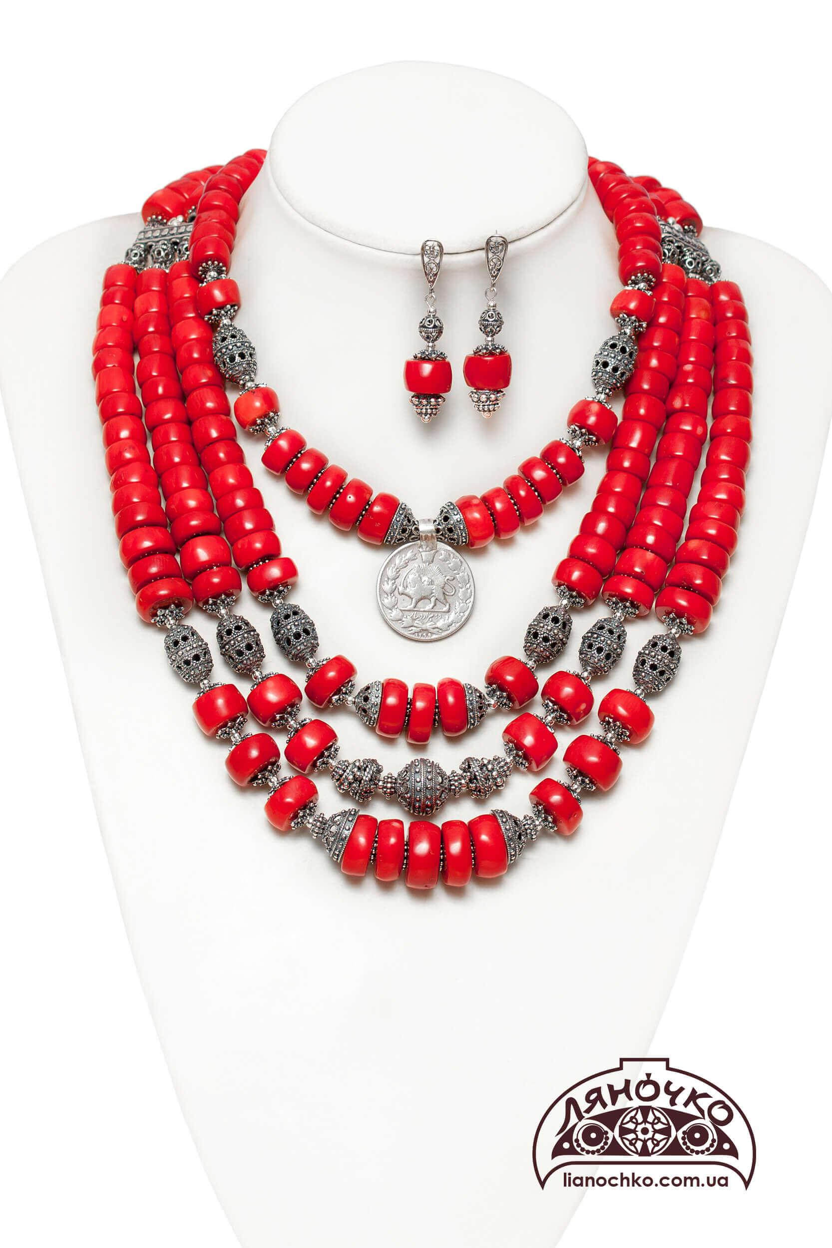 Червоні коралі з сріблом у львові фото