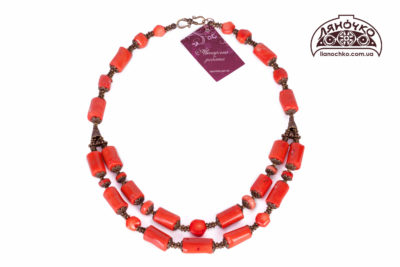 коралове намисто оранжевого кольору фото