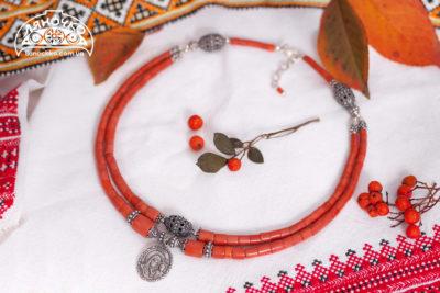 купити намисто-оберіг з коралу з підвіскою богородицею фото