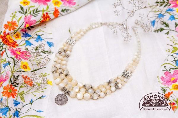 Перламутрове намисто з срібною підвіскою, фотографія, купити