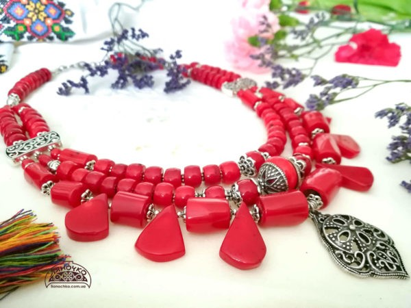 червоне намисто коралове подоляночка з підвіскою