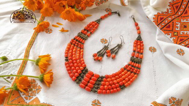 Коралове намисто з сережками оранжеве ватра
