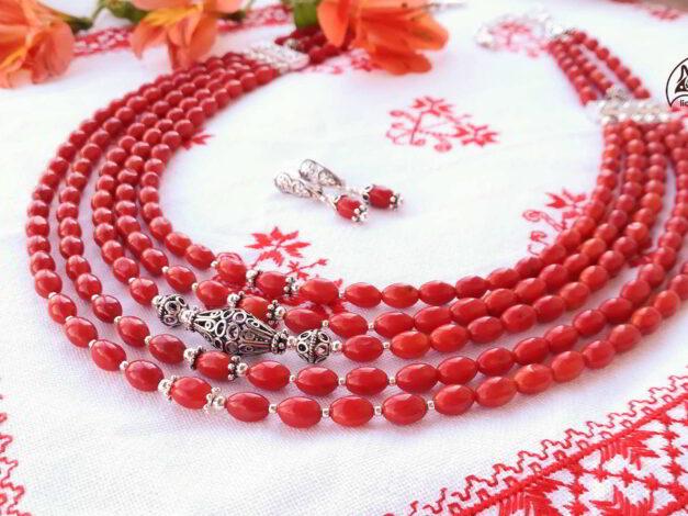 коралі з червоного коралу з сріблом деренові збоку