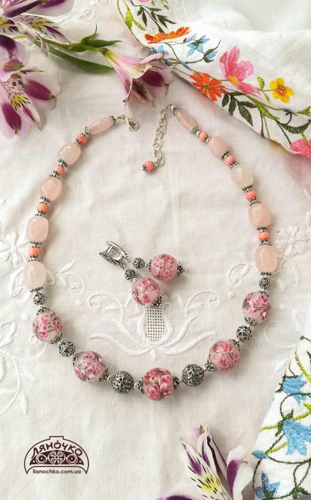 намисто венеційське скло рожевий кварц корал срібло сакура згори